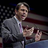 Bobby Jindal Sues White House Over Common Core